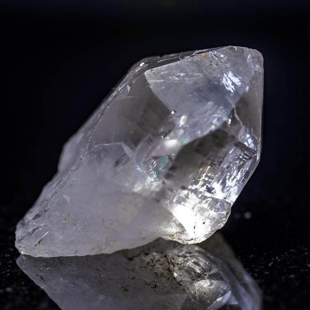 ヒマラヤ水晶 ラパ産水晶ポイントレインボー お勧め! ガネーシュヒマール