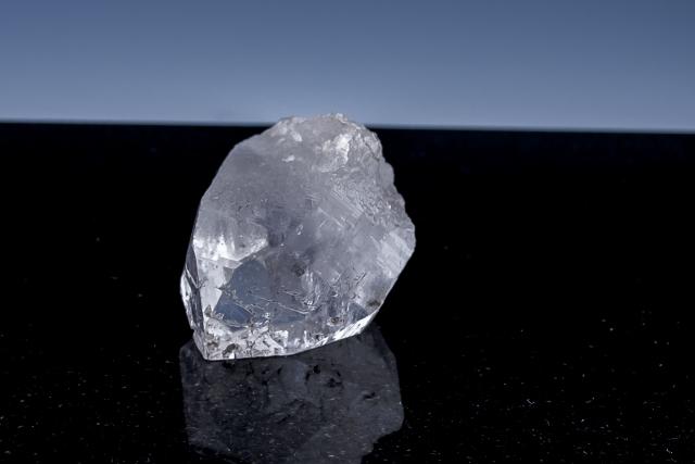 ヒマラヤ水晶 ラパ産水晶ポイント ガネーシュヒマール レインボー水晶