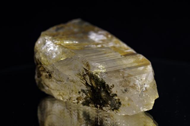 ヒマラヤ水晶 ティップリン産水晶ポイント ガネーシュヒマール レインボー・コッパークオーツ